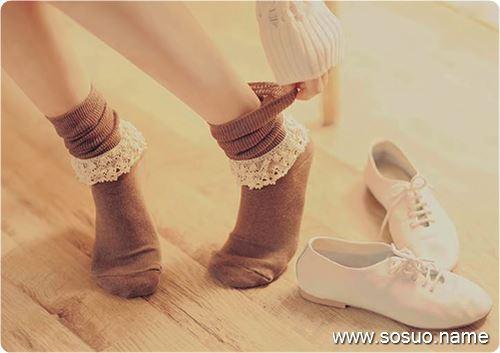 做梦梦见买鞋不合适去换衣服和包包